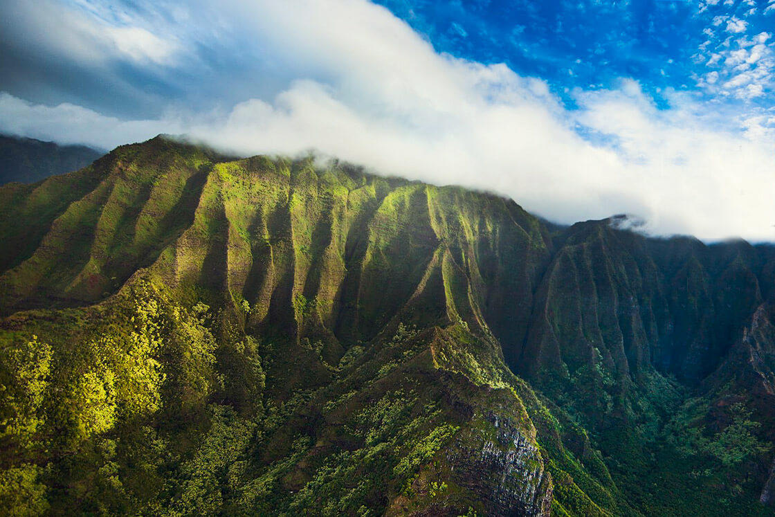 Rainbow Oahu Helicopter Tours - Path To Pali Passage